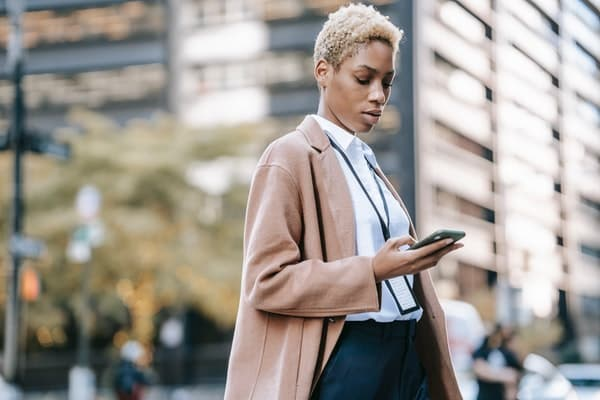 12 Mass Texting Service Tips for Choosing the Right Service